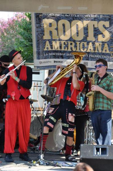 Roots Americana 2011